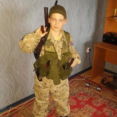 На Донбассе воюет 13-летний боевик (фото)