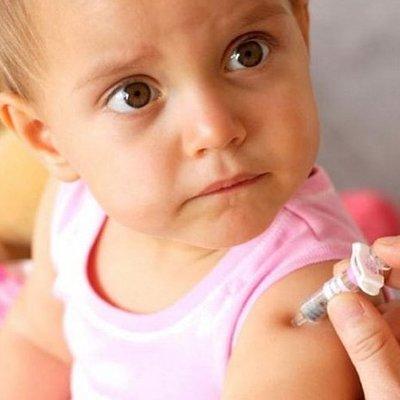 У Супрун хотят отменить неэффективные прививки для детей