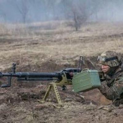 На Донбассе из-за вражеских обстрелов ранены четверо украинских бойцов