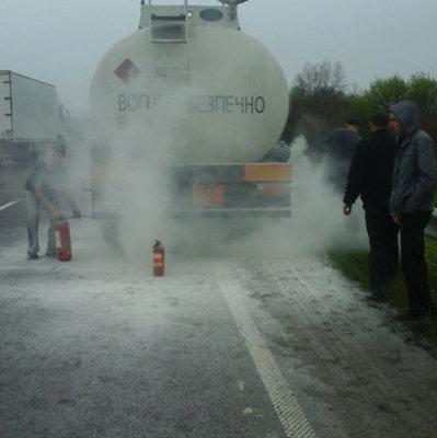 На трассе Киев-Чоп горела цистерна с бензином