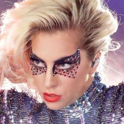 Леди Гага шокировала фанатов перевоплощением