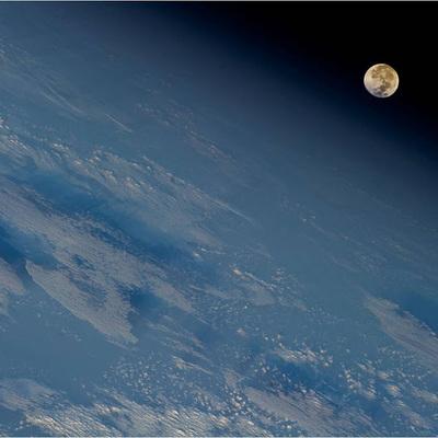 NASA планирует начать строительство окололунной станции в 2019 году