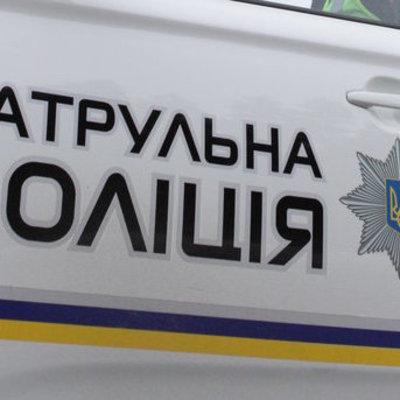 В Киеве двое мужчин на джипе похитили девушку