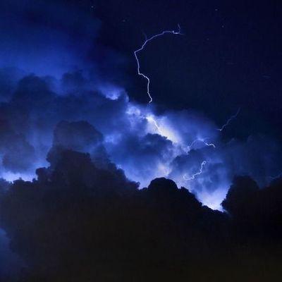 Молния убила женщину прямым ударом в голову на Тернопольщине