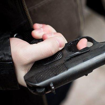 Участник АТО устроил стрельбу на остановке общественного транспорта в Обухове
