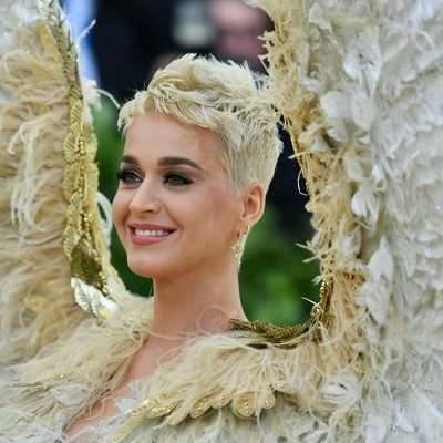 Кэти Перри вышла в свет в образе ангела