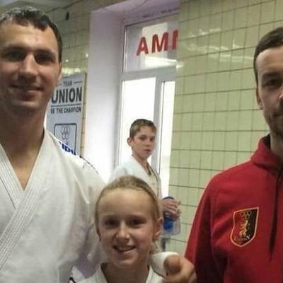 Чемпион Украины по каратэ Горуна избил зрителя в кинотеатре