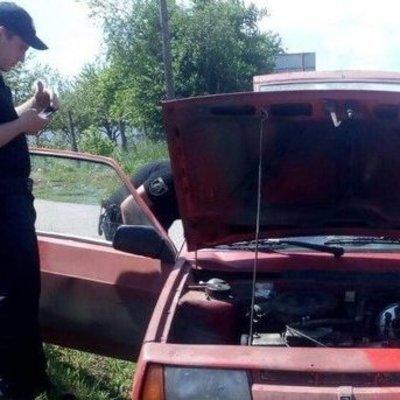 На Киевсщине у водителя нашли наркотики в салоне авто