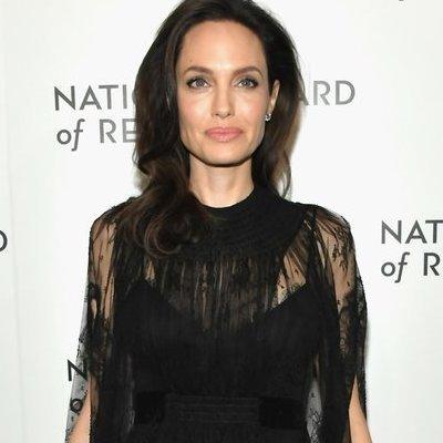 Старший сын Анджелины Джоли отказывается с ней жить, - СМИ
