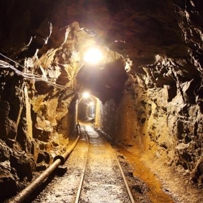 На Днепропетровщине произошел обвал на шахте