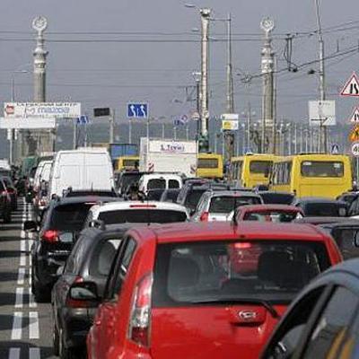 В Киеве вновь гигантские пробки из-за перекрытого центра