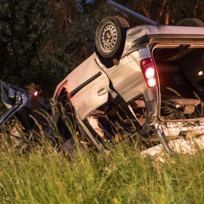 В Италии авто с украинцами вылетело с дороги и перевернулось, есть погибшие