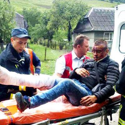 На Закарпатье 19-летний парень выпал из поезда