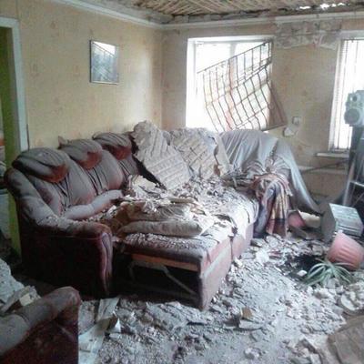 На Луганщине оккупанты обстреляли Троицкое: погибла семья с ребенком (фото)