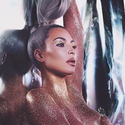 Ким Кардашян показала снимок без макияжа (фото)