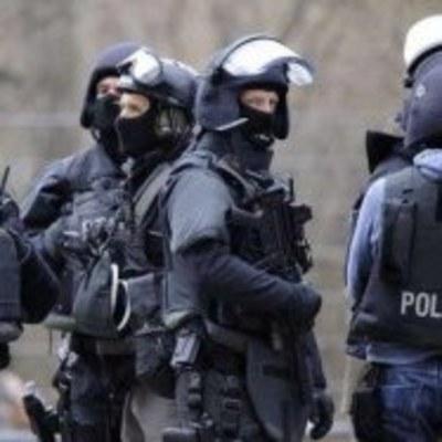 В Германии неизвестный устроил беспорядочную стрельбу