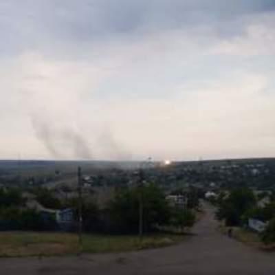 Боевики из танка обстреляли село на Донбассе (видео)