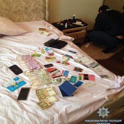 В центре Киева молодая женщина организовала бордель