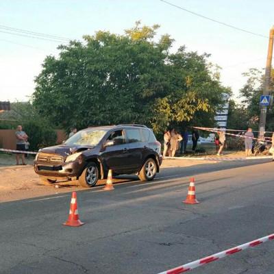 Под Одессой джип сбил женщину с ребёнком на пешеходном переходе (фото)