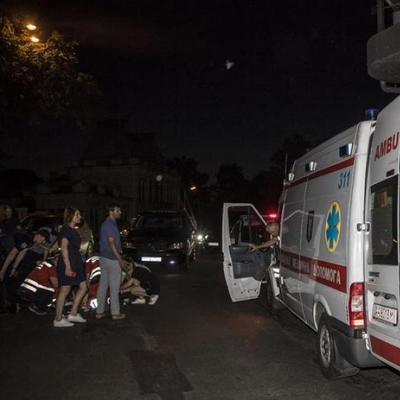 В центре Киева школьник упал с высотки