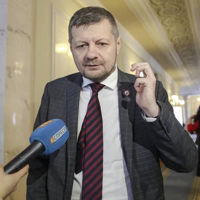В Тернополе Мосийчук подрался с местным депутатом прямо на заседании облсовета (видео)