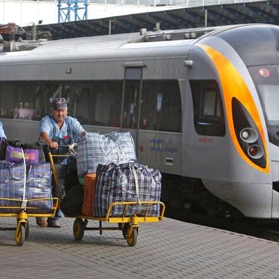 «Укрзализныця» с 9 июня запустит поезд из Сум в Одессу