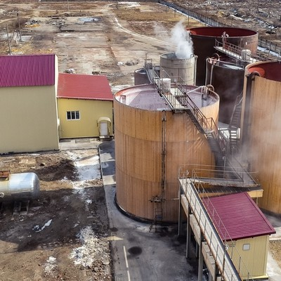 Во Львовской области в резервуаре для соли обнаружили тело мужчины