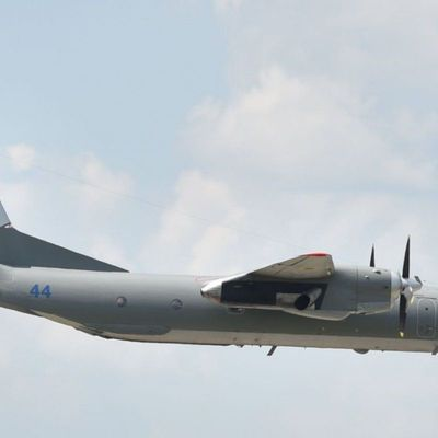 Украинская авиация перехватила российский военный корабль в Черном море - СМИ