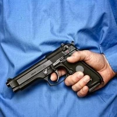Страшная месть: 9-летний мальчик пустил свинец в спину 12-летней девочке