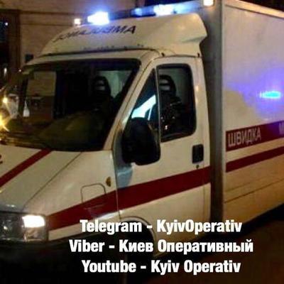 В киевском парке мужчина ударил ножом парня, который не налил ему водки