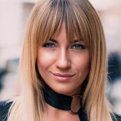 Леся Никитюк блистала в наряде от украинского дизайнера (фото)