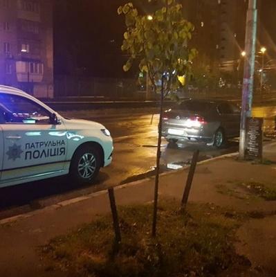 В Киеве российский консул пытался сесть за руль в нетрезвом виде