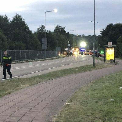 В Нидерландах на фестивале авто врезалось в толпу, есть погибший и раненые