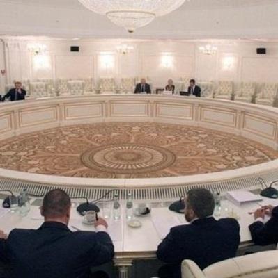 В Минске договорились о перемирии на Донбассе
