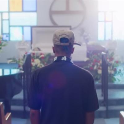 Вышел посмертный клип XXXTentacion, в котором рэпер восстает из гроба (видео)