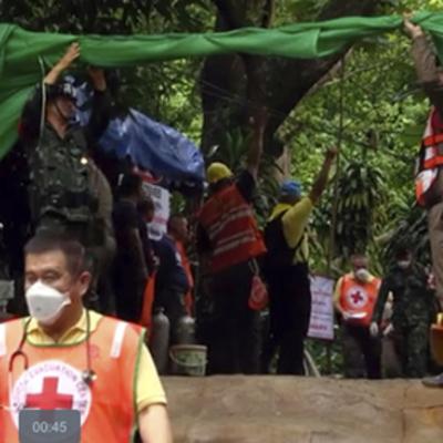Всех застрявших в пещере в Таиланде спасли