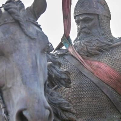 Сегодня в Киеве открывают памятник Илье Муромцу