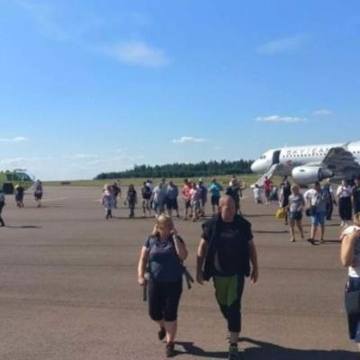 В аэропорту Хельсинки загорелся пассажирский самолет