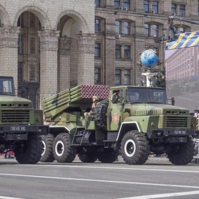 Украинцам показали, как ВСУ готовятся к параду (видео)