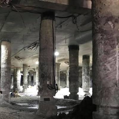 Место археологических раскопок на Почтовой площади в Киеве затопило водой (видео)