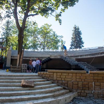 КГГА: В Киевском зоопарке завершается реконструкция входной группы и трех озер