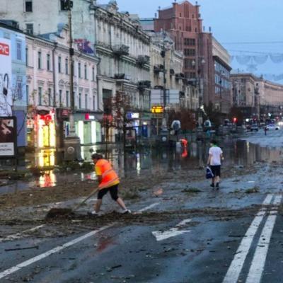 Причиной подтопления Крещатика стала незаконная реконструкция ряда зданий, – эксперт