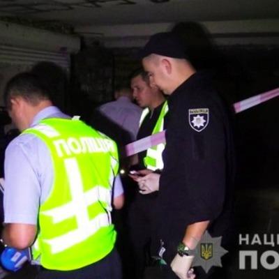 В Киеве в подземном переходе убили мужчину
