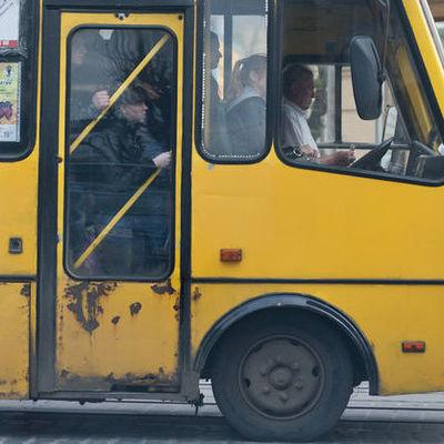 В киевской маршрутке из-за конфликта погиб мужчина