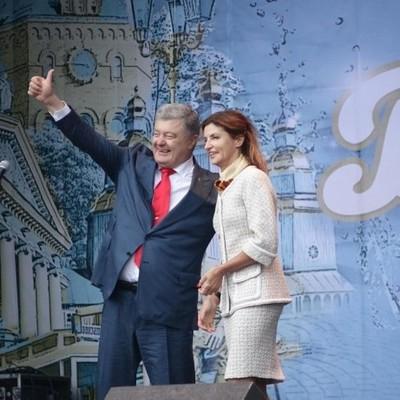 Стало известно куда Порошенко повез жену на годовщину свадьбы