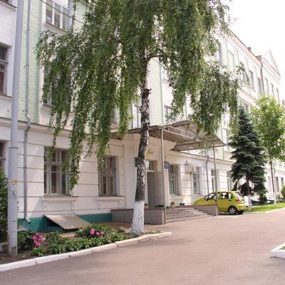 В Киеве школьник разбил учительнице голову