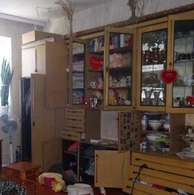 В Киеве задержали воров-иностранцев с украденными вещами на выходе из дома