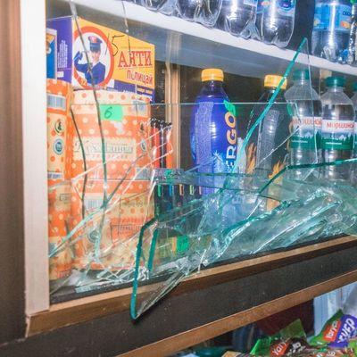 В Киеве неадекватный мужчина устроил погром кафе