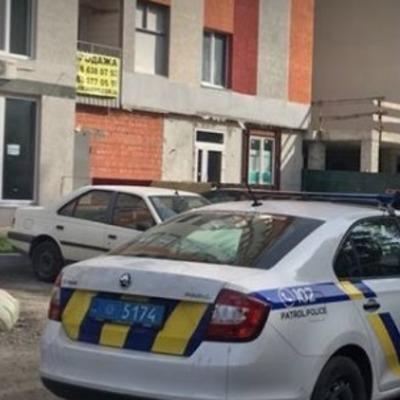 Куском балкона убило женщину, которая вышла подышать воздухом