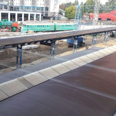 Появились фото: на киевском вокзале строят платформу для поездов в